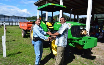 Aranaputa, St. Ignatius, Sarariwarau get tractor and trailer to boost agriculture drive