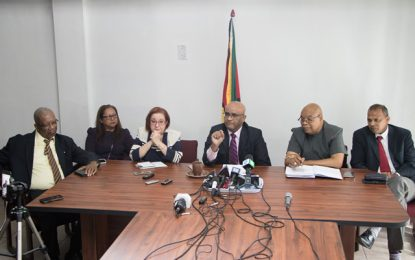 Opposition in agreement, Coalition Gov't legitimately remains in office