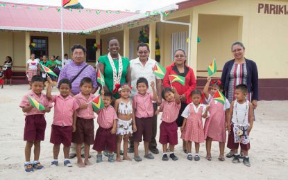 Nursery schools for Parikwaranau and Tabatinga