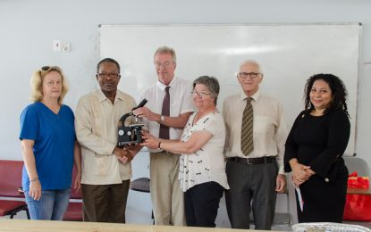 University of Guyana receives gift of microscopes from University of Toronto