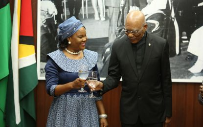 President accredits Botswana, Zambia High Commissioners