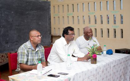 Number 63 residents turnout to meet Min. Ramjattan