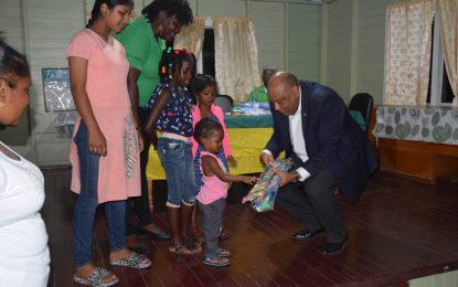 Eversham residents applaud Coalition Govt