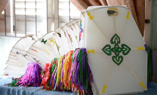 Kites and more kites – Min. Ferguson, Georgetown Deputy Mayor spread Easter cheer