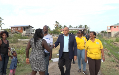 Min. Trotman meets with Calcutta/Good Faith residents, to address issues raised