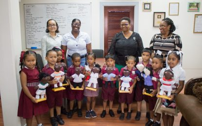 Students of Sherjoy meets Minister Lawrence