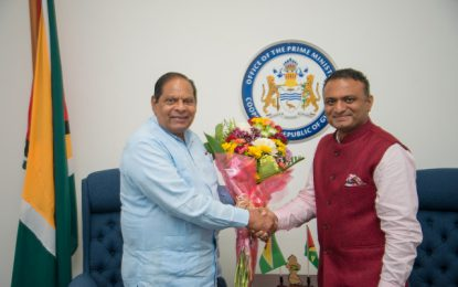 New Indian envoy meets PM Nagamootoo