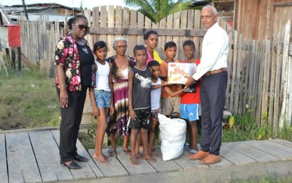 Flood relief for Den Amstel, Anna Catherina residents