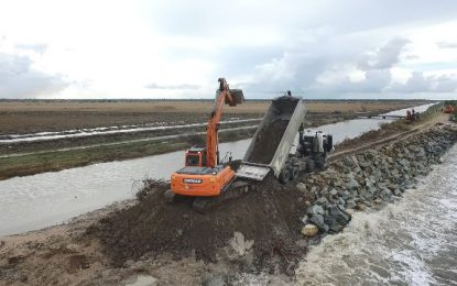 6,000 tonnes of stone delivered, Mahaicony sea defence works ramp up as spring tides approach