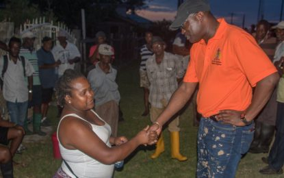 """We have our confidence in you!""- Mahaicony flood victims tell Min. Patterson"