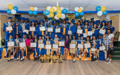 Vreed-en Hoop Sec. 2019 graduates encouraged to aspire to greatness