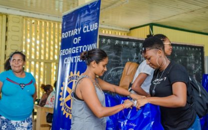 Rotaract distributes 100 Hampers to Plastic City residents