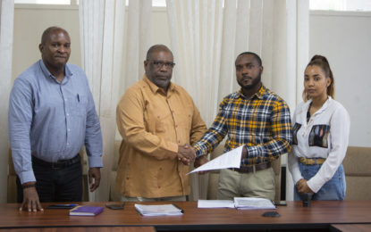 Contract signed for renovation of Linden call centre