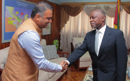 High Commissioner of India Calls on Foreign Secretary