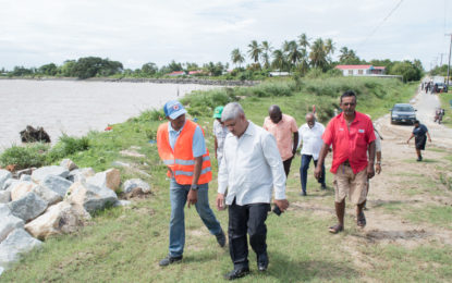 Min. Sharma in Leguan: satisfying residents' desires