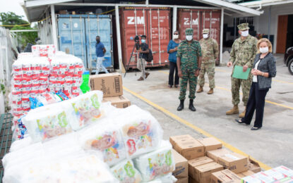 US Govt donates supplies to CDC