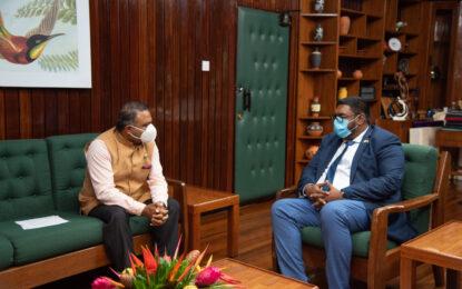 Indian High Commissioner calls on President Ali
