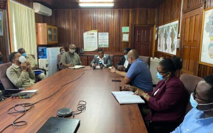 Minister of Natural Resources conducts visit to MNR Agencies